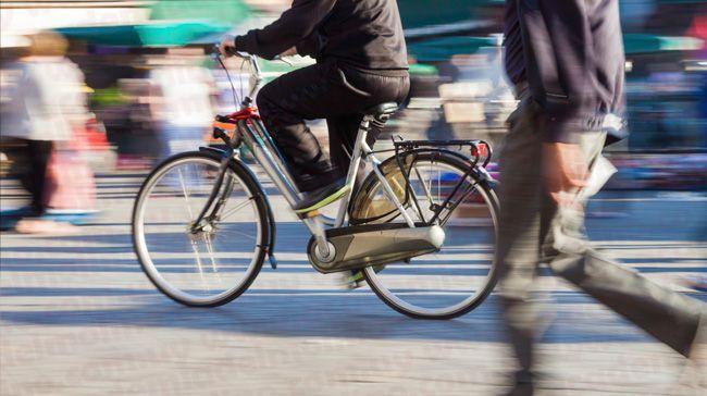 Peatones y cliclistas en Uruguay