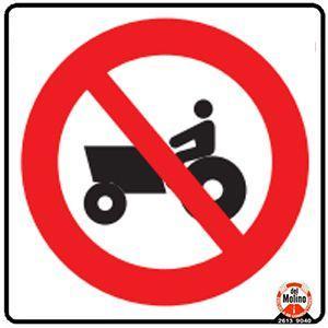 prohibido tránsito de maquinaria agrícola